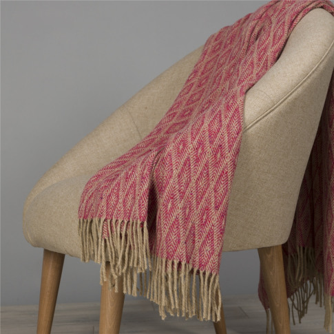 Magee 1866 Camel & Bright Pink Wigwam Throw