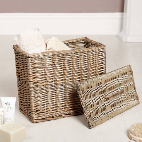 Natural Wicker Bathroom Storage Hamper