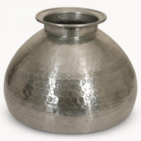 Kimberley Aluminium Vase In Hammered Silver Finish