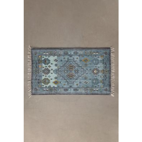 Gretal Rug - Green 5x7 At Urban Outfitters