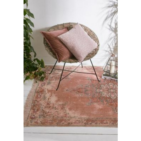 Katlin Printed 5x7 Rug - Pink At Urban Outfitters