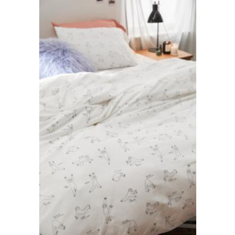 Yoga Sloth Duvet Cover Set With Drawstring Bag - White Single Eu At Urban Outfitters