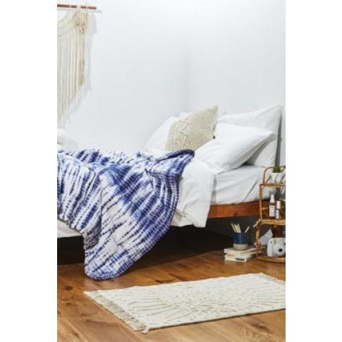 Indigo Tie-Dye Throw Blanket - At Urban Outfitters