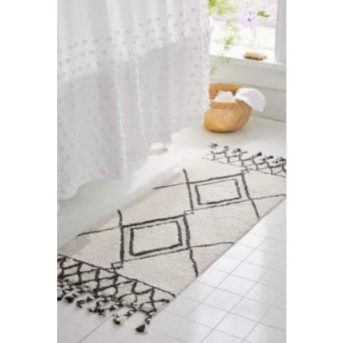 Diamond Pattern Trim Runner Rug - Assorted At Urban ...