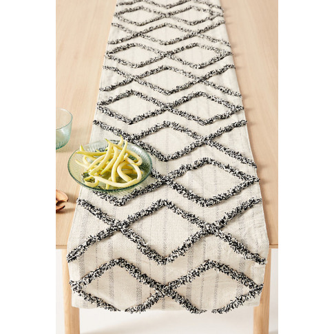 Adeline Table Runner - Beige, Size Runner