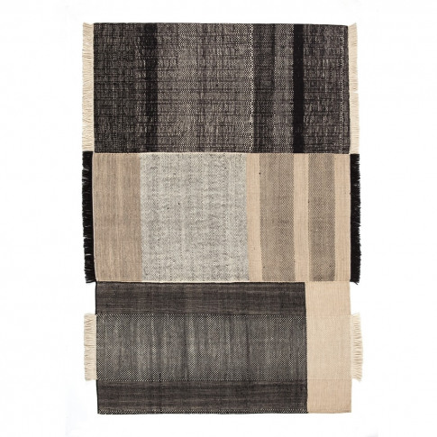 Black Tres Rug Collection