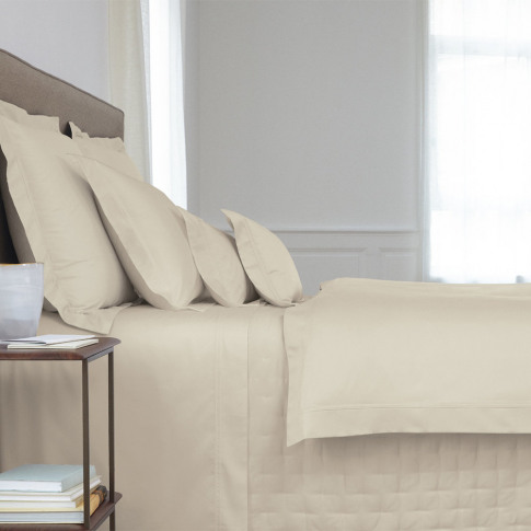 Yves Delorme - Triomphe Sateen Duvet Cover - Pierre ...