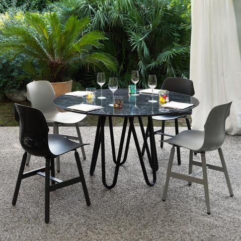 Horm & Casamania - Meduse Dining Table - Black/Polis...