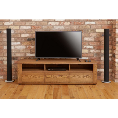 Olten Widescreen Tv Cabinet With Three Drawers