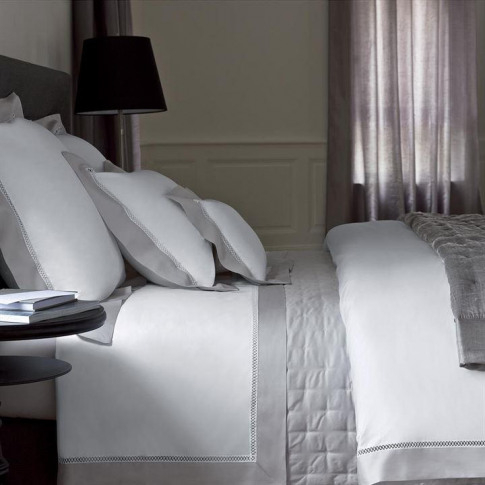 Yves Delorme Walton Oxford Pillowcase - Silver