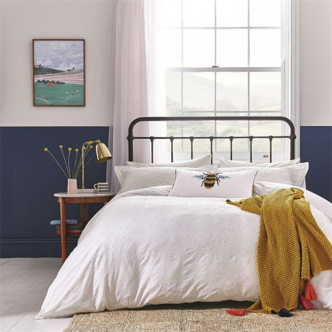 Joules Botanical Bee Clipped Duvet Cover - Chalk