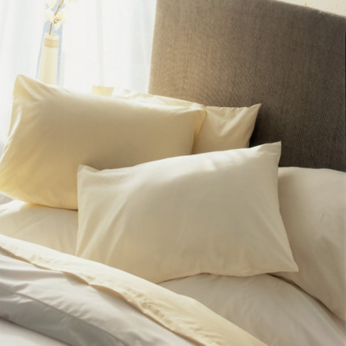 Belledorm 200 Thread Count Extra Large Housewife Pillowcase, Ivory