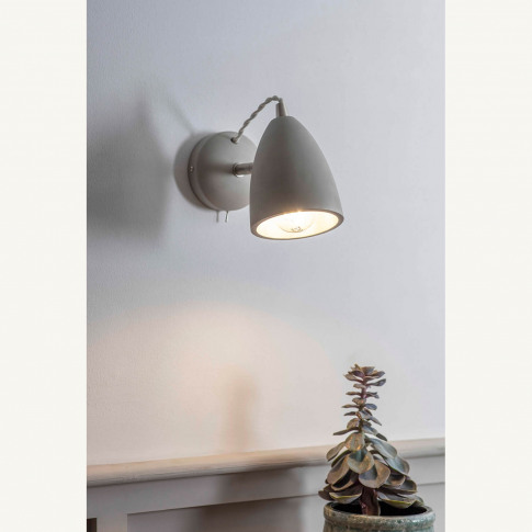 Garden Trading Millbank Wall Light, Concrete